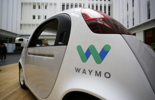 ▲웨이모의 자율주행차량이 2016년 12월 13일(현지시간) 미국 샌프란시스코에서 열린 구글 이벤트 기간 전시돼 있다. 샌프란시스코/AP뉴시스