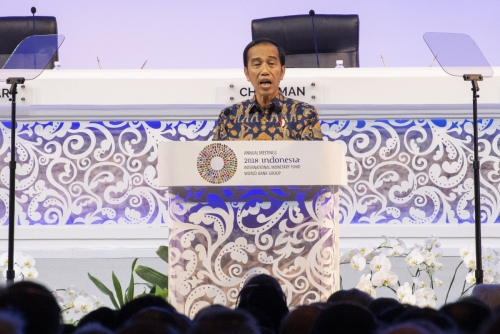 ▲12일(현지시간) 인도네시아 발리에서 열린 국제통화기금(IMF)·세계은행(WB) 연차 총회에서 조코 위도도 인도네시아 대통령이 연설하고 있다. 발리/EPA연합뉴스