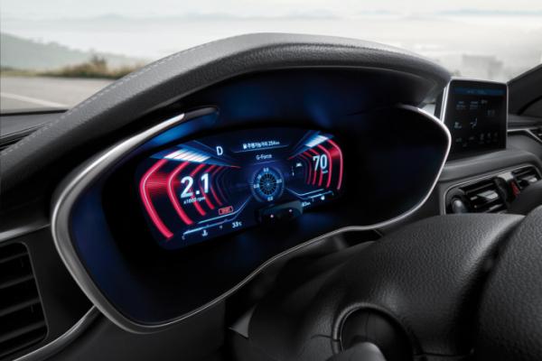 ▲제네시스는 2019년형 G70에 세계 최초로 12.3인치 3D 클러스터를 적용했다.(사진제공=제네시스)