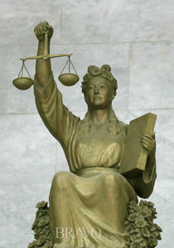 ▲3 국내 대법원의 정의의 여신상(이성낙 현대미술관회 前 회장)