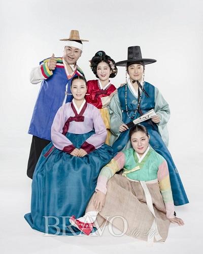 ▲마당놀이 '춘풍이 온다' 출연진(국립극장 제공)