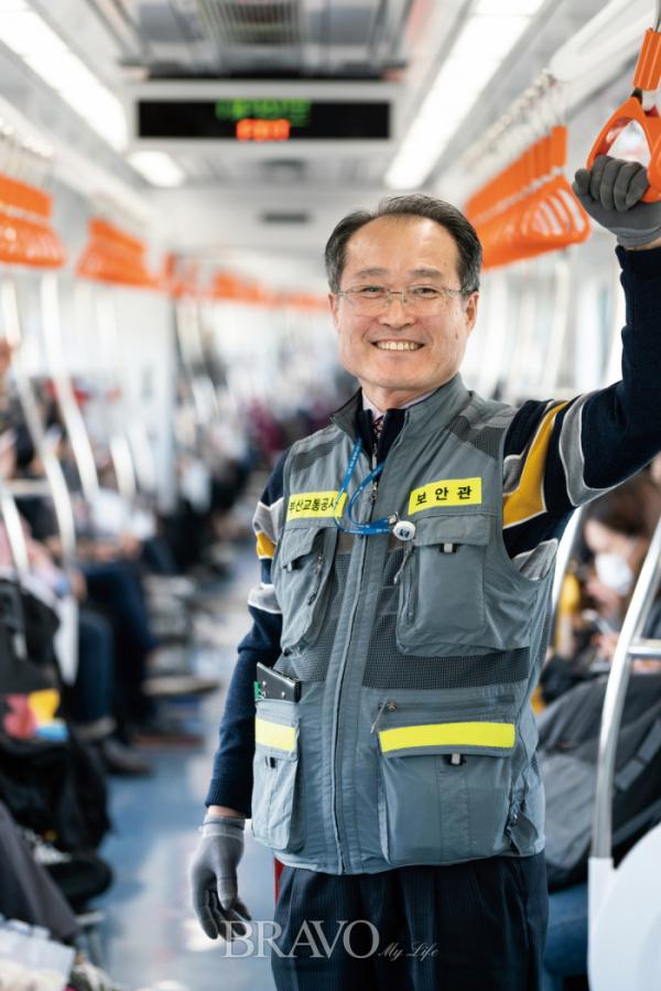 ▲부산 도시철도 보안관 이태현 씨.(이준호 기자 jhlee@)