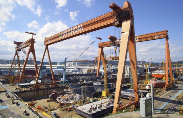 ▲ 지난해 조선업 생산능력지수가 전년(83.4)대비 17.0% 하락한 69.2를 기록했다. 통계 집계(1981년) 이후 낙폭으로 최대치다. (사진제공 현대중공업)