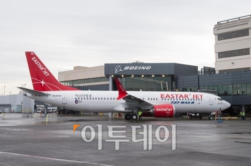 ▲지난 10일 사고난 항공기와 같은 기종인 보잉 737맥스8.(사진제공=이스타항공)