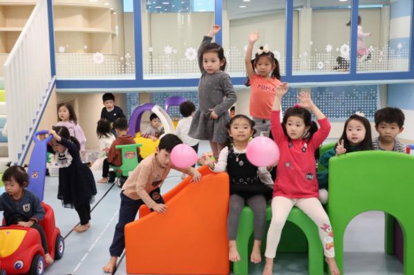 ▲포스코대우 어린이집 아동들(사진제공=포스코대우)