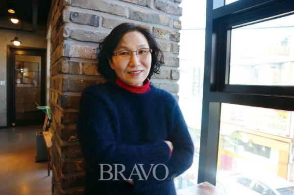 ▲강사로 활동 중인 연 정노희 씨는 누군가를 가르치며 얻는 보람과 행복으로 즐거운 인생2막을 보내고 있다.