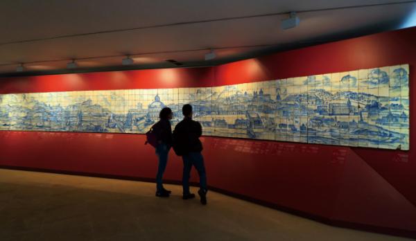 ▲아줄레주박물관에 전시된 대지진 전의 리스본(이화자 작가 제공)