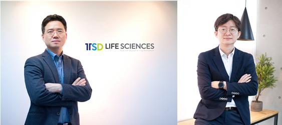▲이제원 티에스디라이프사이언스 대표이사(왼쪽)와 방근수 임상개발본부장.