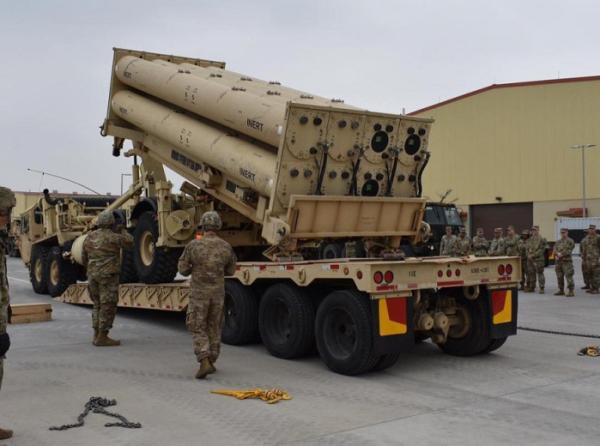▲주한미군은 올해 4월 평택 미군기지(캠프 험프리스)에서 '비활성화탄(inert)'을 사드(THAAD·고고도 미사일방어체계) 발사대에 정착하는 훈련을 했다. (연합뉴스)