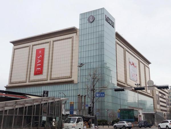 ▲롯데백화점 강남점(사진제공=롯데쇼핑)