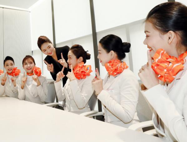 ▲베트남승무원 미소교육(사진제공=제주항공)