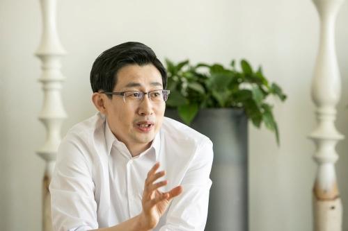 ▲라인 신중호 대표. 출처 블룸버그통신