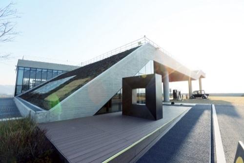▲네이버가 강원도 춘천에 구축한 첫번째 데이터센터 '각'. (네이버)