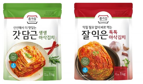 ▲종가집 '갓 담근 생생아삭김치', '잘 익은 톡톡아삭김치'