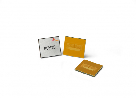 ▲SK하이닉스가 개발한 HBM2E D램 (사진제공=SK하이닉스)