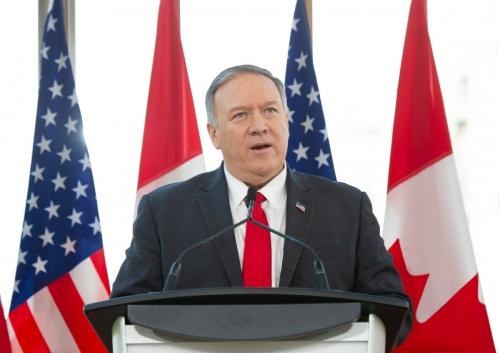 ▲마이크 폼페이오 미국 국무장관이 22일(현지시간) 캐나다 오타와에서 기자회견을 하고 있다. 오타와/AFP연합뉴스