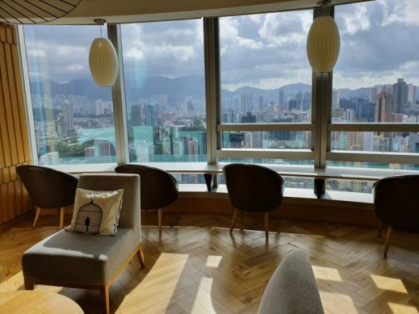 ▲클럽 라운지에서 바라본 풍경. 호텔 안에서는 홍콩의 더위가 두렵지 않다.(홍콩=김소희 기자 ksh@)