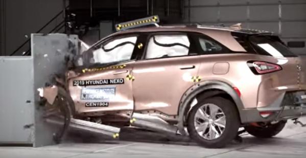 ▲수소전기차 넥쏘가 미국 고속도로 안전보협협회 충돌테스트에서 최고 등급을 획득했다. (출처=IIHS)