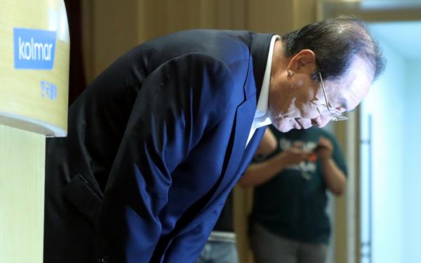▲11일 한국콜마 윤동한 회장이 경영에서 물러나겠다고 밝혔다.(연합뉴스)