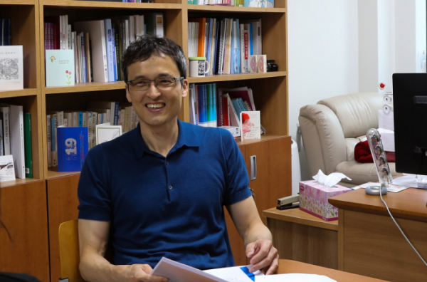 ▲디시젠의 공동창업자이자 연구총괄을 맡고 있는 한원식 서울대 교수.