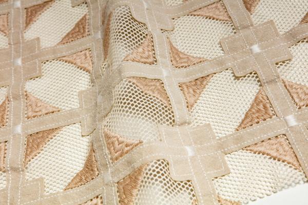 ▲2020/21 F/W 컬렉션 '노마드' 테마 알칸타라 소재(사진제공=알칸타라)