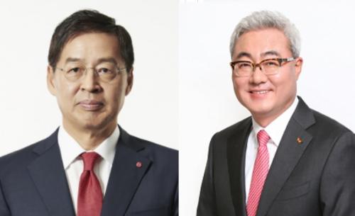 ▲신학철 LG화학 부회장(왼쪽), 김준 SK이노베이션 사장(오른쪽)