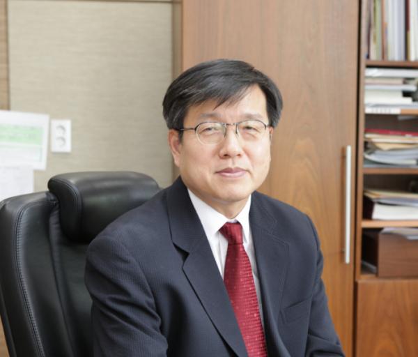▲미생물학교실 송진원 교수(고대의대)