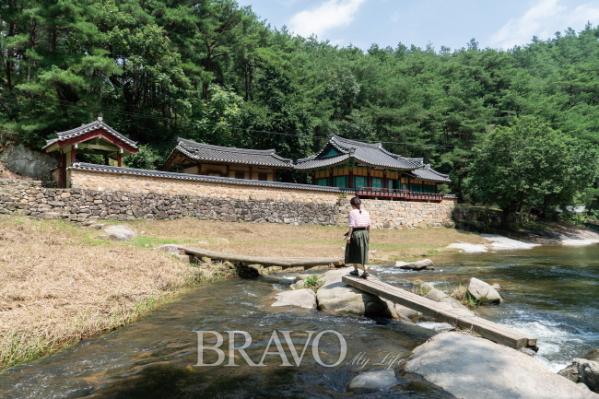 ▲석천계곡 외나무 다리(김혜영 여행작가)