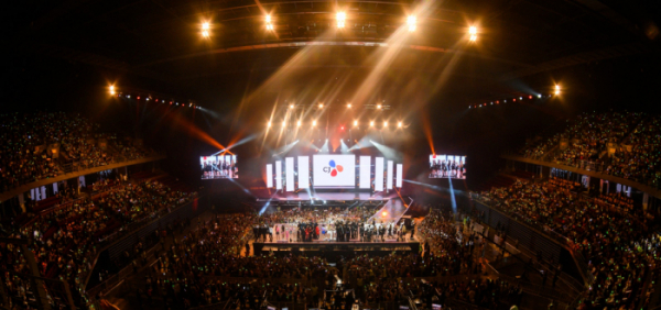 ▲엔터테인먼트&라이프스타일 컴퍼니 CJ ENM은 28일과 29일 양일간 태국 방콕 내 최대 규모의 공연전시장인 '임팩트 아레나' 및 '임팩트 국제전시장'에서 진행된 '케이콘 2019 태국'에 4만5000명이 운집하며 성황을 이뤘다고 29일 밝혔다. (사진제공=CJ ENM)