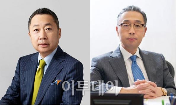 ▲박정원(왼쪽) 두산그룹 회장과 박지원 부회장