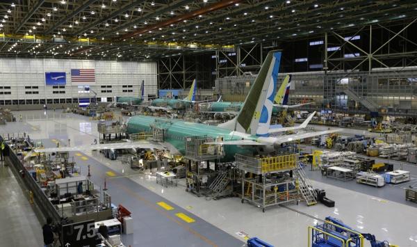▲미국 워싱턴주 렌턴의 보잉 공장에서 737맥스 항공기가 한창 건조 중에 있다. 렌턴/AP뉴시스