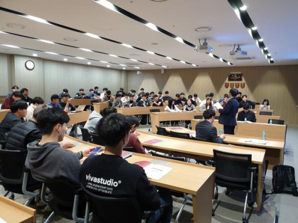 ▲스틸건축학교 수업 사진.  (사진제공=한국철강협회)