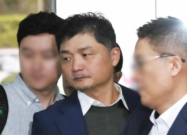 ▲계열사 주식을 허위로 신고했다는 혐의로 재판에 넘겨진 김범수 카카오 의장이 1심에 이어 항소심에서도 무죄를 선고받았다. (연합뉴스)