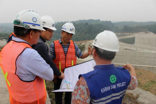 ▲인도네시아에서 한국농어촌공사가 진행 중인 까리안 댐 건설공사 현장. (사진제공=한국농어촌공사)