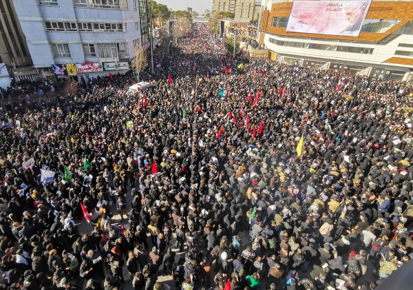 ▲미군의 공습에 의해 거셈 솔레이마니 혁명수비대 쿠드스군의 사령관의 장례식이 7일(현지시간) 이란 남동부 케르만에서 열리고 있다. 테헤란/AFP연합뉴스