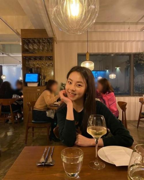 ▲안소희 와인. (출처=안소희 인스타그램)