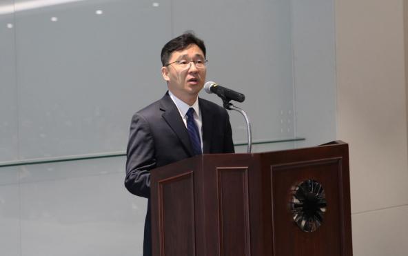 ▲17일 경기도 용인의 GC녹십자 R&D센터에서 정재욱 신임 연구소장이 취임사를 하고 있다.