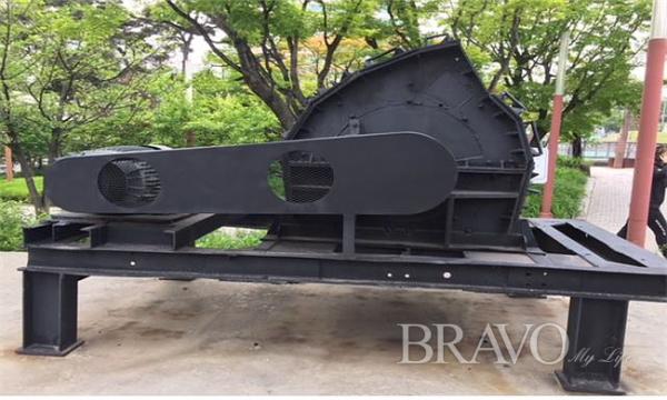 ▲제2파트② : 석탄을 분쇄하는 기계(사진 홍지영 동년기자)