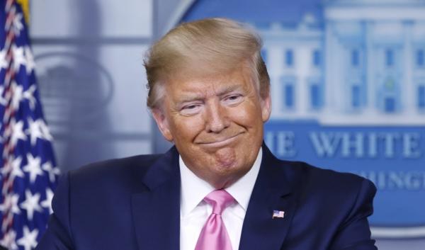 ▲도널드 트럼프 미국 대통령이 26일(현지시간) 미국 워싱턴 백악관 브리핑룸에서 기자회견을 하고 있다. 워싱턴/EPA연합뉴스
