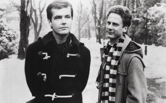 ▲배우 잭 니콜슨(왼쪽)이 떡볶이 코트(더플코트)를 입고 출연한 모습.  (출처=영화 '애정과 욕망' 캡처)