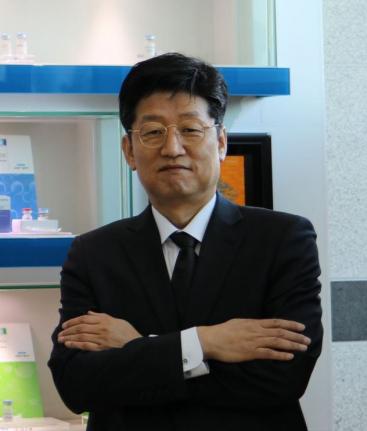 ▲펩트론 이병인 공장장(전무).