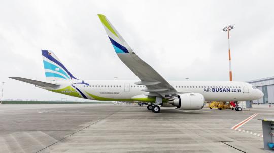 ▲에어부산의 차세대 항공기인 에어버스 A321LR (사진제공=에어부산)