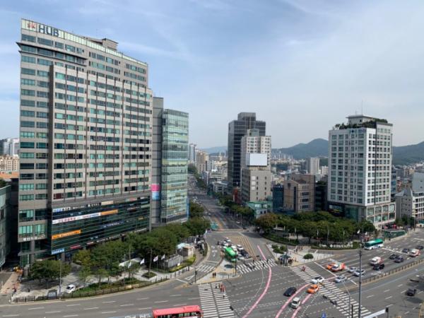 ▲서울 강남구 양재역 일대 전경. (사진 제공=상가정보연구소)