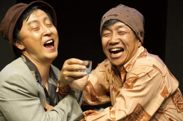 ▲연극 '늘근도둑이야기'의 한 장면(나인스토리 제공)