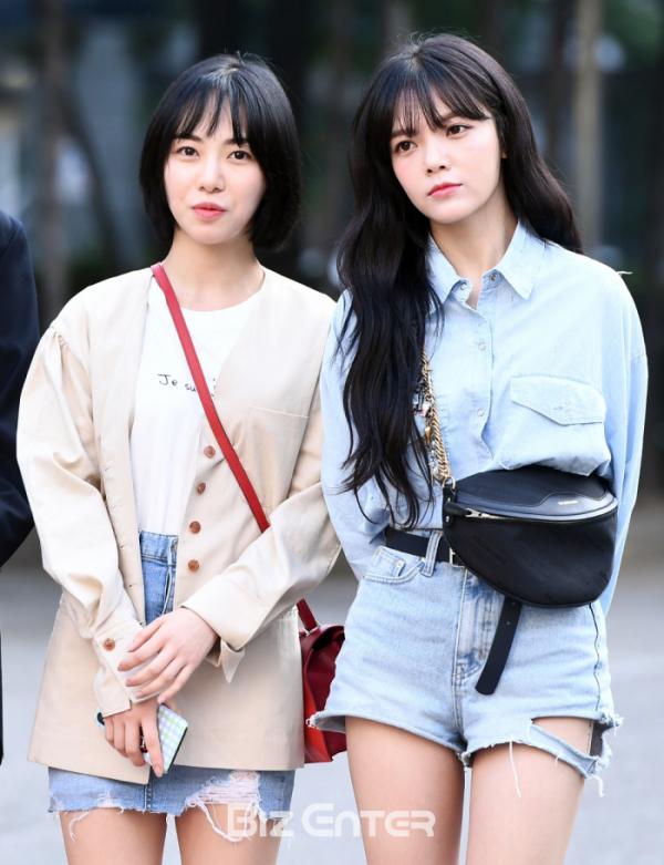 ▲AOA 전 멤버 권민아(왼쪽)와 신지민(비즈엔터DB)