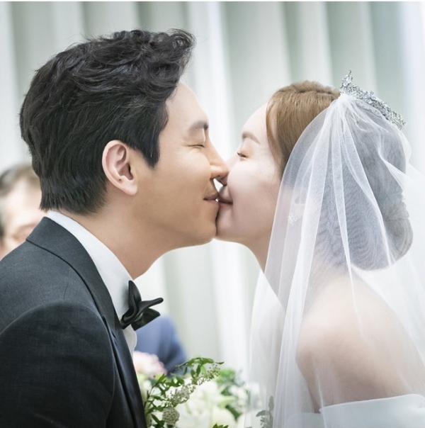 ▲'나의 위험한 아내' 김정은-최원영(사진제공 = 키이스트)