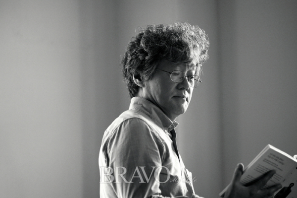 ▲'인생의 마지막 질문'을 펴낸 정재현 연세대학교 신학대학원 교수(오병돈 프리랜서 obdlife@gmail.com)
