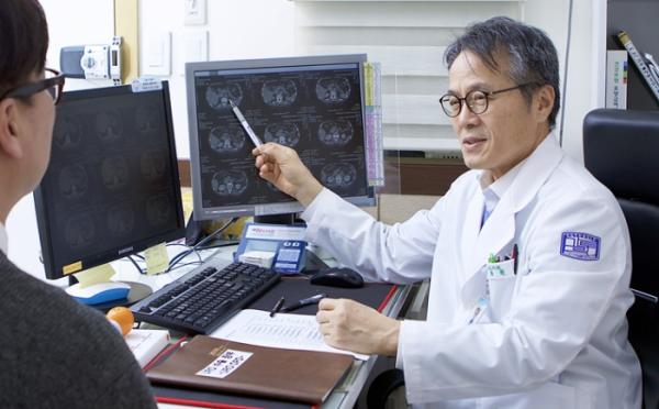 ▲이동환 가톨릭대학교 인천성모병원 비뇨의학과 교수