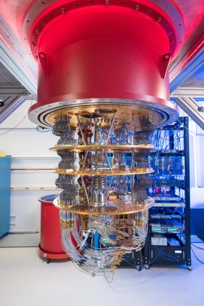▲구글의 Sycamore(시카모어) 양자컴퓨터 (구글)