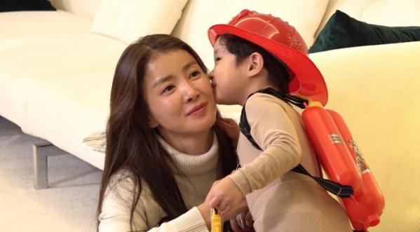 ▲'전참시' 이시영과 아들(사진제공=MBC)